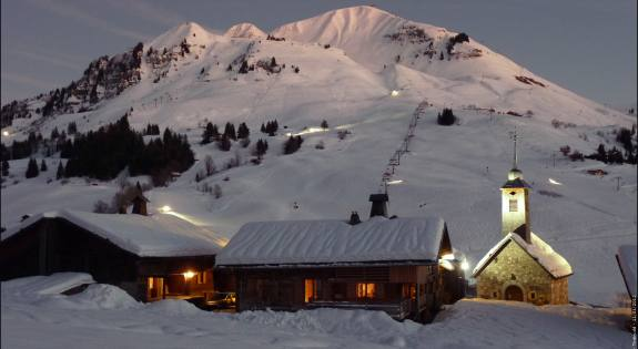Les Congeres-location-appartement-chalet-standing-ski-chinaillon-son-vieux-village.jpg